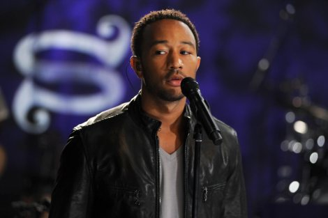 john-legend_1500a_aol-music-sessions-uk_280910-3